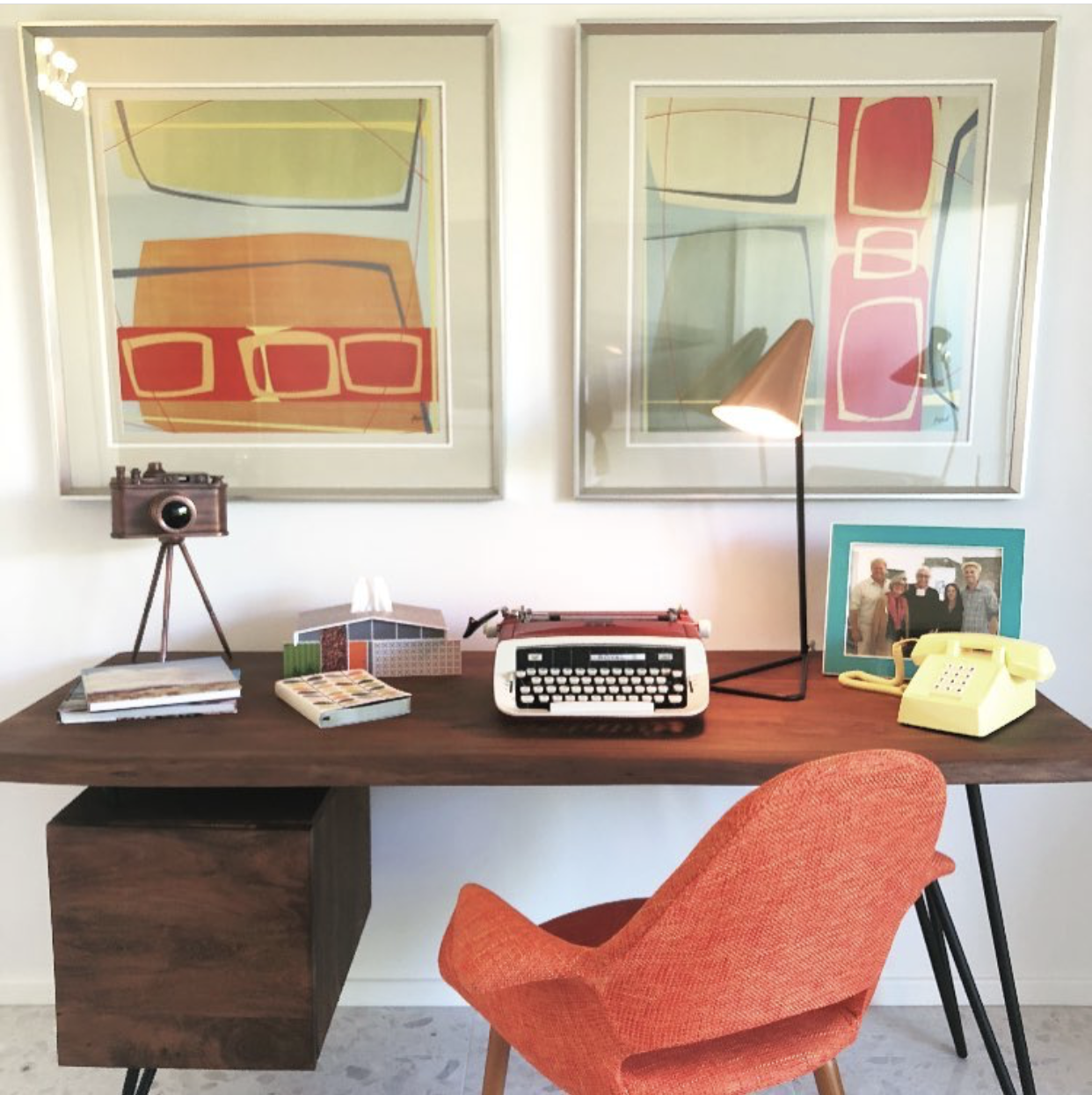 Anastasia Beverly Hills- Moderism Week Orange Living room