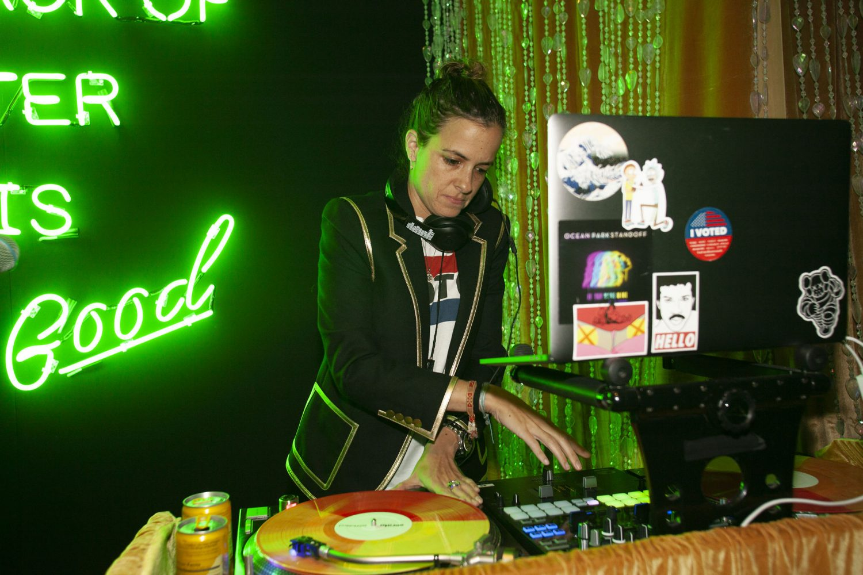 Samantha Ronson DJ
