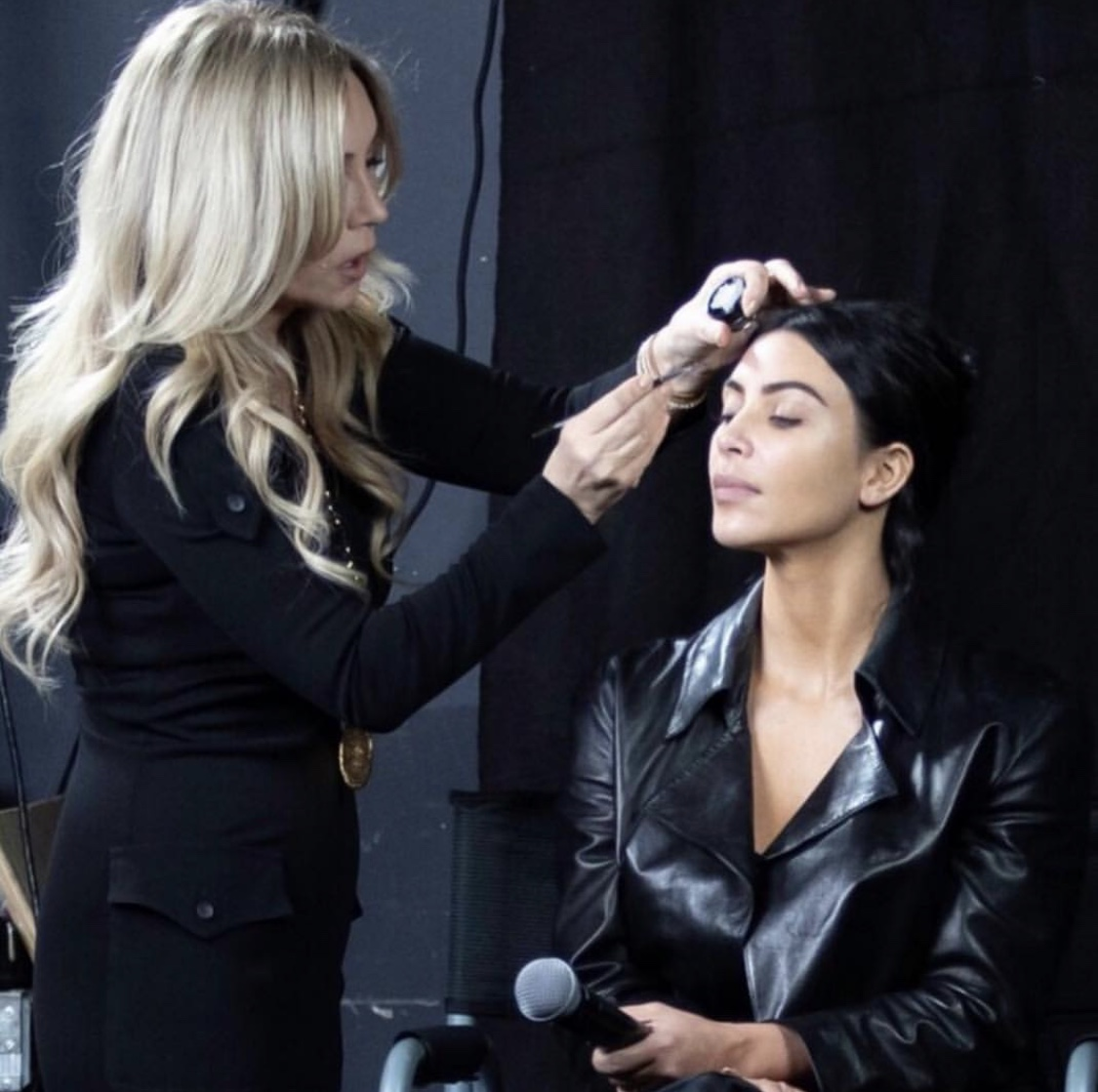 Anastasia Soare The Master Class- Doing makeup on Kim Kardashian